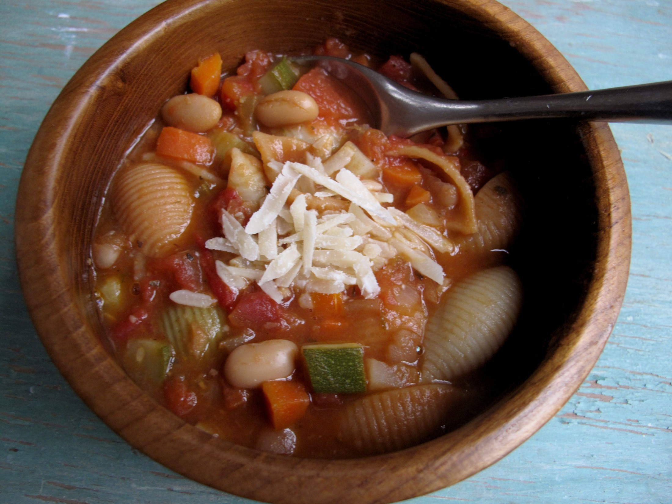 Hearty Minestrone Soup1 e1332724368872 Minestrone Soup